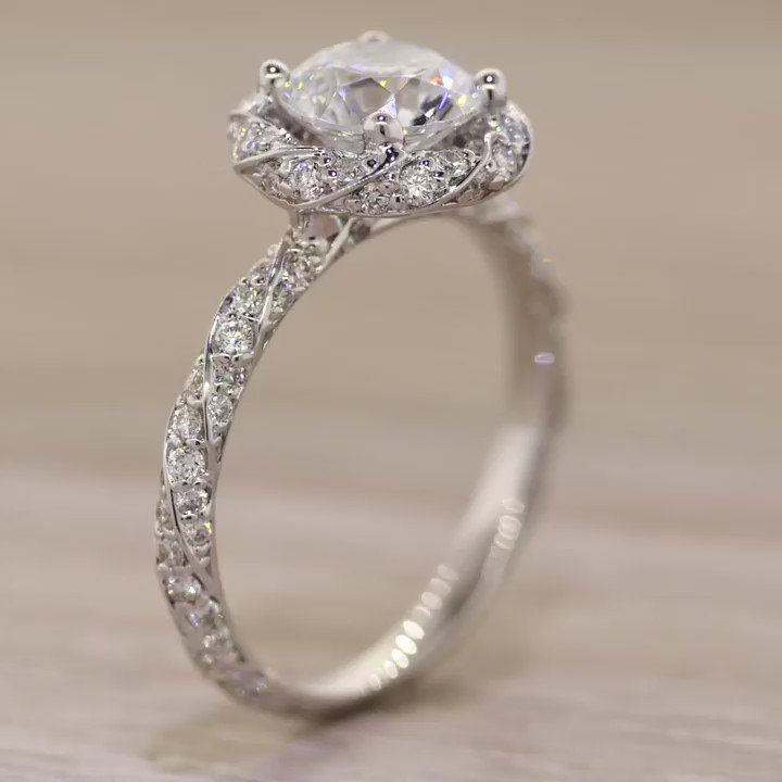 Brilliant Earth On Twitter Ring In The Weekend With Some Sparkle