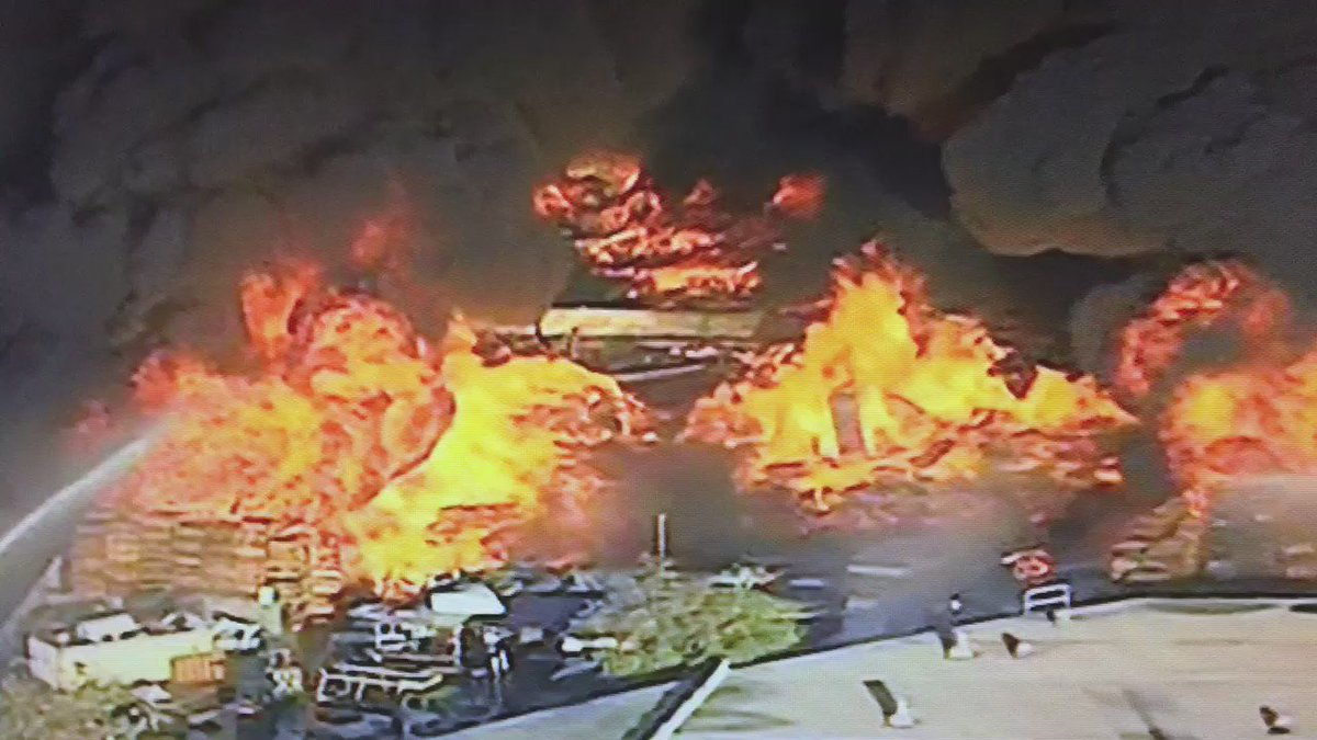 View from Newschopper4 over the fire in Ontario. More on @NBCLA