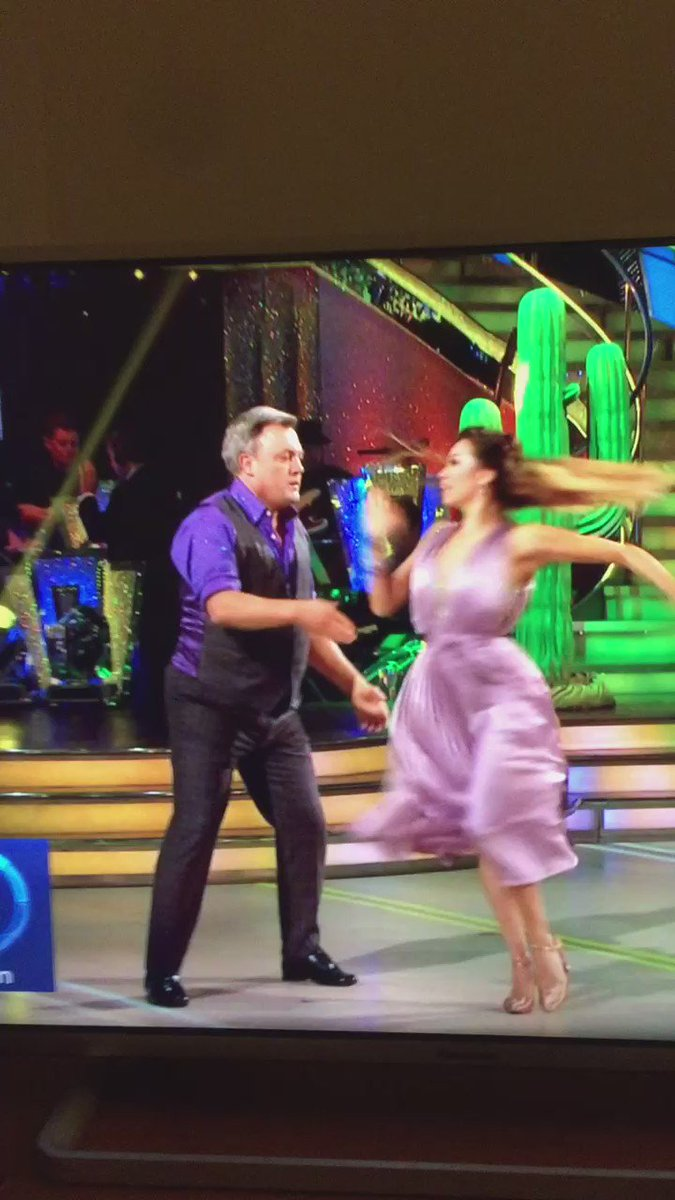 Playing Ed Balls' fail on repeat #Strictly https://t.co/0mnr8pntTa
