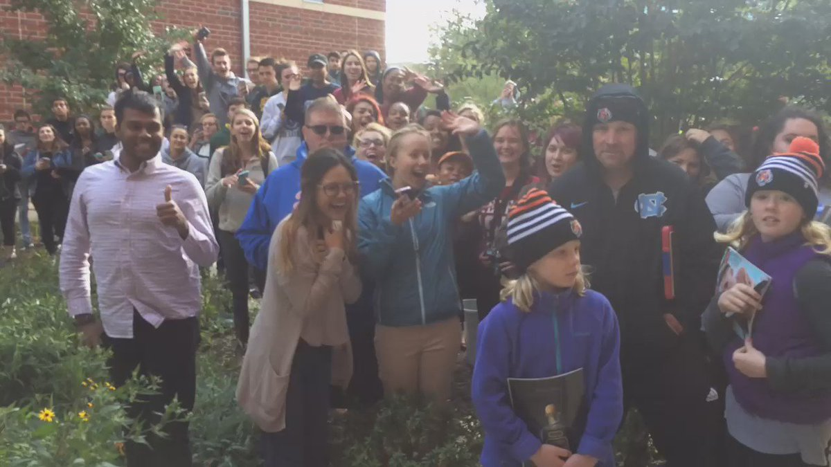 Crowd of GMU students hoping to catch a glimpse of @MileyCyrus @nbcwashington
