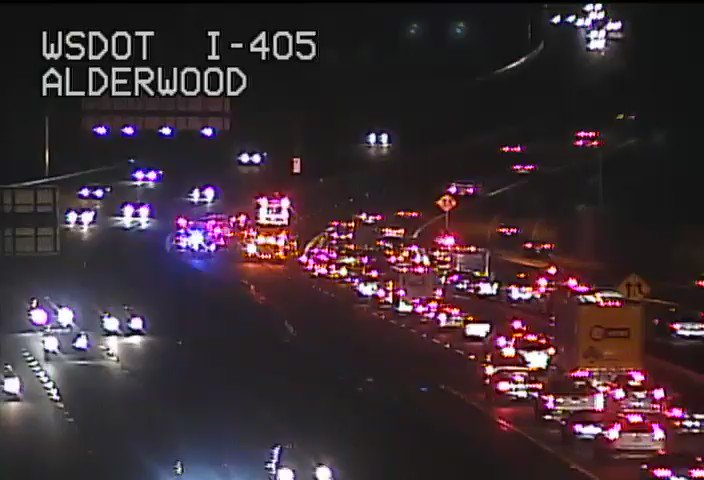 of cars from SR 525 trying to squeeze onto the on-ramp from SB I-5 to SB 405.