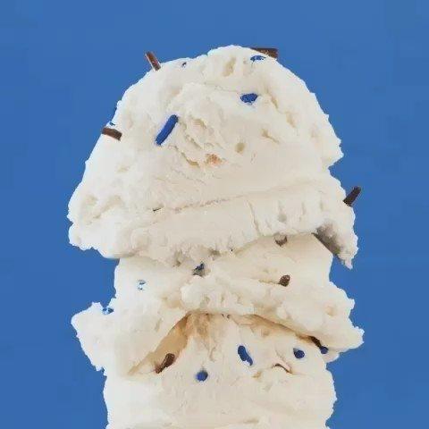 do YOU scream for ice cream?? 🍦✨ #slantedstudios #20daysofyay #yay #love