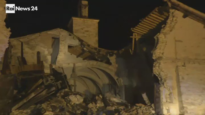 Sismo de magnitud 6,5 se registró este domingo en Italia