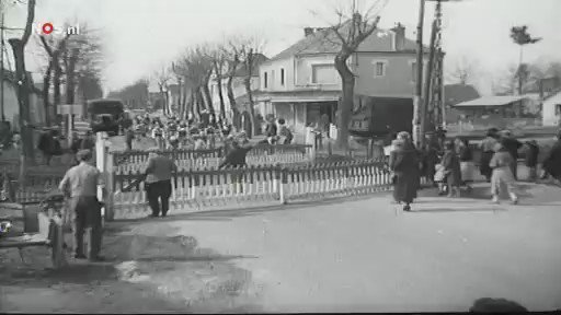 "Please cyclists, as the Lazer slogan says ""Use Your Head"" !  this is footage from the 1937 Paris-Nice​ bike race. https://t.co/EcjAhil3nS"
