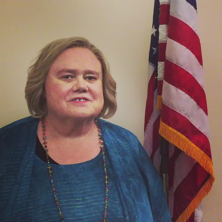 A Message on Election Day from Christine Baskets!! @BasketsFX #vote #basketsseason2 #usa https://t.co/IhJCOZAW0d