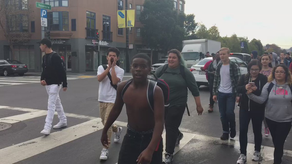 Mission High School students walked out and protested Donald Trump this morning https://t.co/dTsuDTHcRC