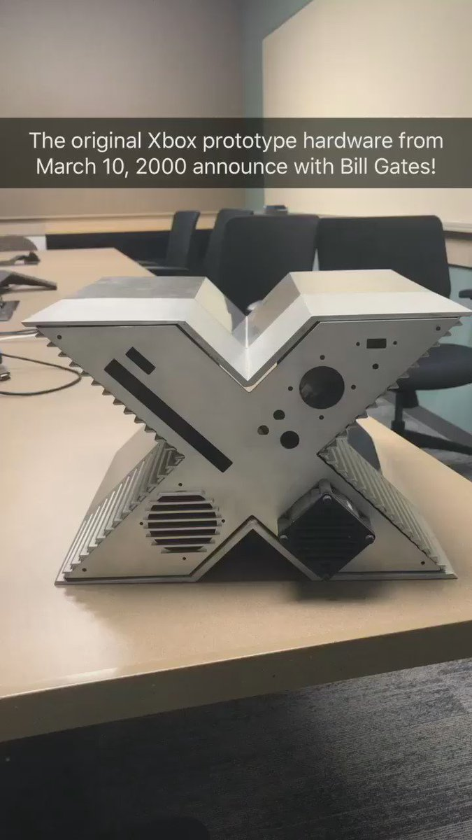 The original @xbox prototype hardware on our @snapchat story https://t.co/5IweH06lBS