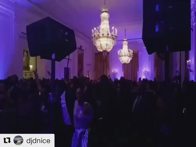 That one time at the White House when @djdnice and @TerrenceJ had the crowd Swag Surfin'