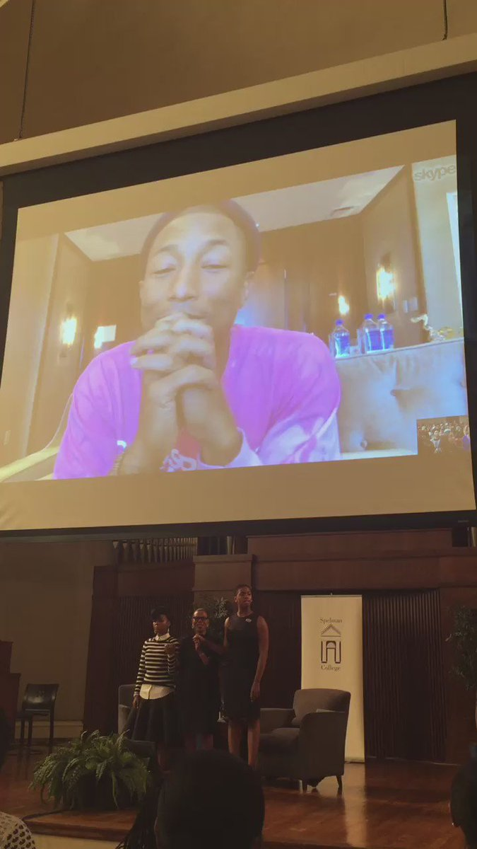 .@JanelleMonae & @Pharrell listen intently as students sing the Spelman College Hymn. #HiddenFiguresatSpelman https://t.co/jFTWWTcLVc
