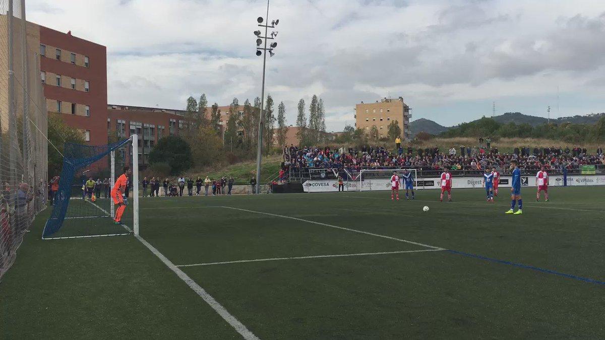 Doble aturada del porter del @CESabadell @JokinEzkieta per l'hemeroteca. 1-1 66' #futbolcat https://t.co/kKNoTcDqOu