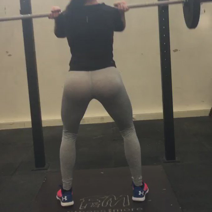 #gym #FitnessMotivation #fitness #squats https://t.co/ITeMixqnWE