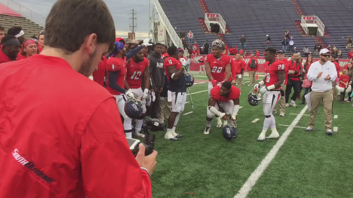 .@JagsFootball is going.... #JagNation #WeAreSouth https://t.co/92wX1X5BSe