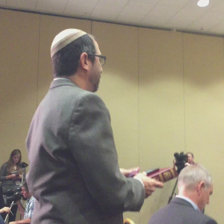 .@tamu rabbi @aggiehillel asks Spencer if he would study the Torah with him https://t.co/wNEhJ7rtDc