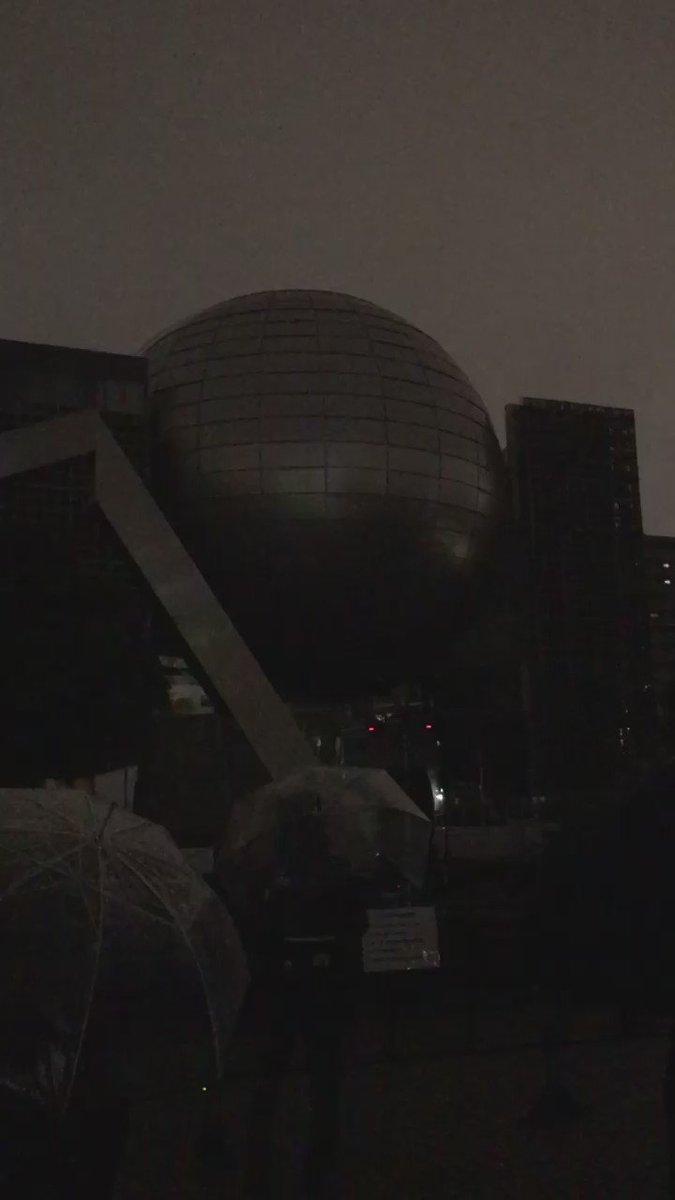 名古屋市科学館のプラネタリウムはこうやってデス・スターになった。なるほど、仕方ないね https://t.co/KBEcSz1zXT