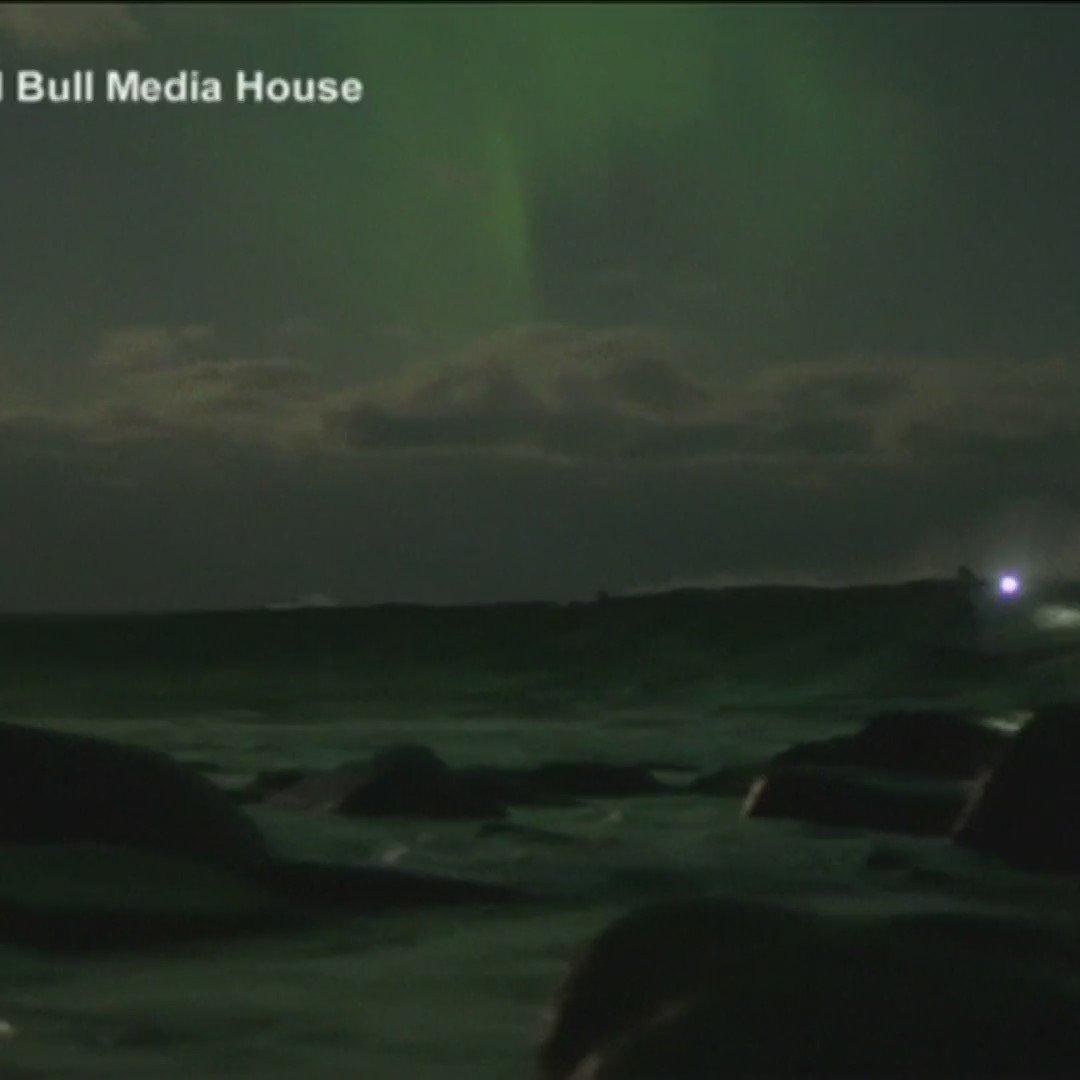 Surfing under the Northern Lights in Norway 🏄🏻♀️ 🇳🇴 #Cool #Surf #MondayMotivation via @BBCNewsbeat