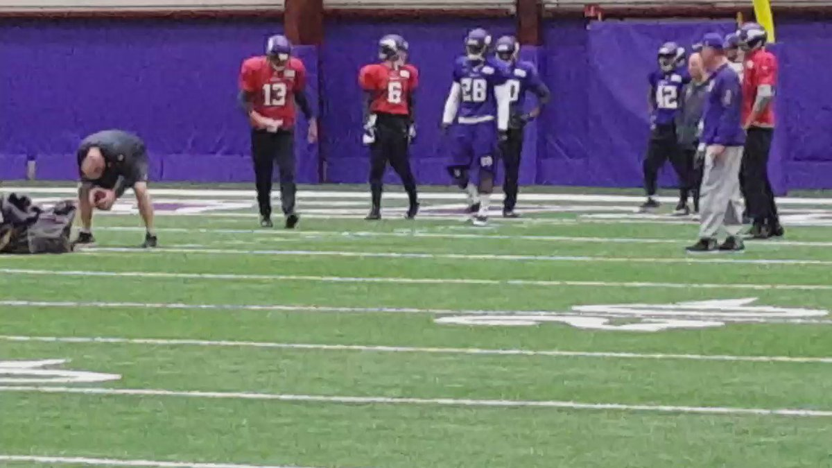 Adrian Peterson getting work at practice on Wednesday. #Vikings https://t.co/2SWScWMXmG