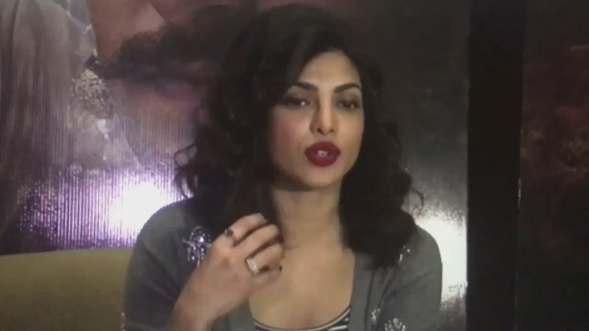 Priyanka chopra after seeing this: twitter.com/geosaintt/stat…