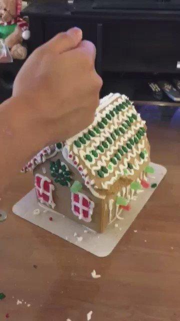 お菓子の家対震度S++ https://t.co/h8B4BOk8e4