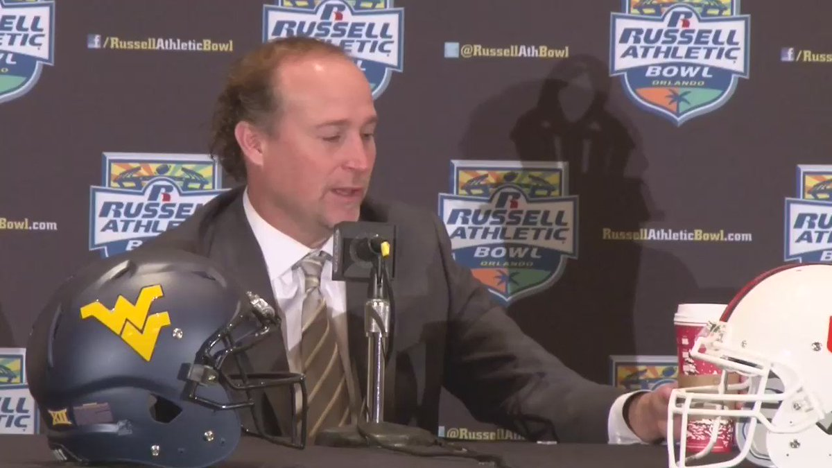 I know it was Dana Holgorsen talking, but all I could see was the Kermit meme. https://t.co/jHtKA8r6mE