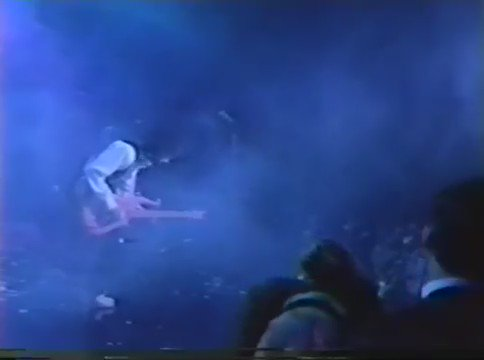"""Here is Prince playing """"Auld Lang Syne"""" to usher in 1988. Happy New Years, etc. https://t.co/2lRC641mNY"""