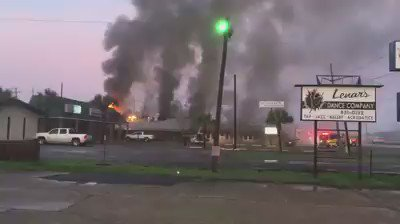 Cajun Critters in Houma caught fire this morning. Video by Al Hebert. https://t.co/0Z8Ffy0HA4