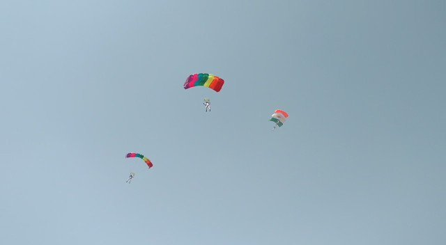 Mishap involving an Indian Air Force paratrooper at  'Vibrant Gujarat' event today morning