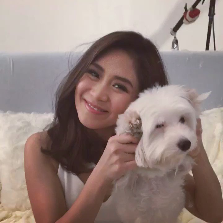 2016 Work Year-Ender and 2017 Work Year Starter - @JustSarahG and Rio.♡ https://t.co/4KImG9jjSf