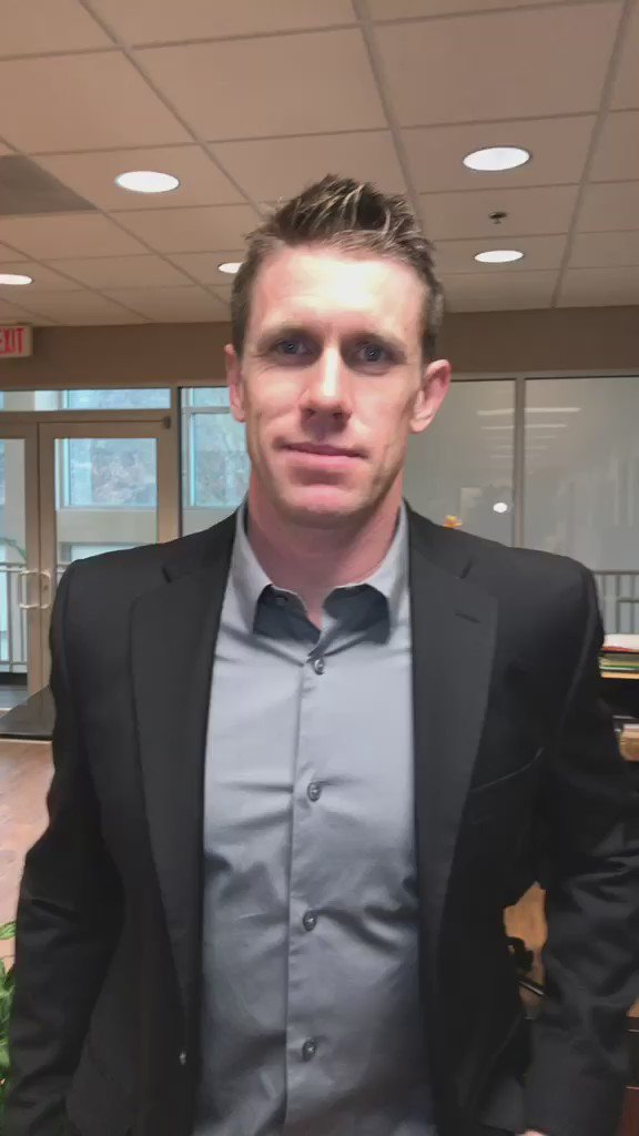 """A special message from #CarlEdwards to his fans.  """"Thank you."""" #NASCAR https://t.co/EV3uhzzcni"""