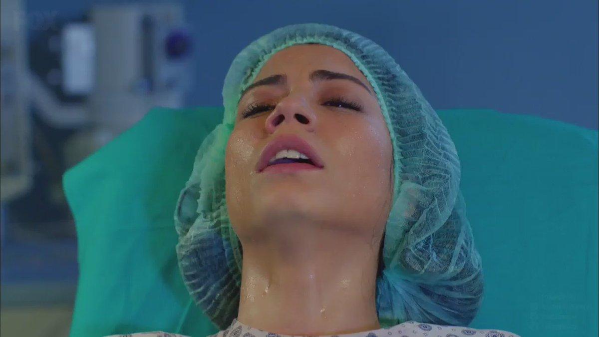 Emir Bebek dünyaya geldi. LalOn'la birlikte ağlayanlar el kaldırsın! 🙋...