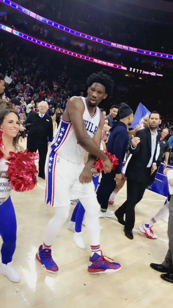 #NBAVote Joel Embiid https://t.co/bNzIpcAub7