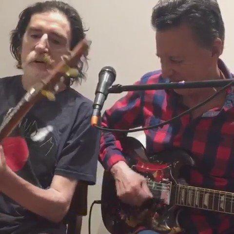 #BuenJueves Charly García y Palito Ortega volvieron a zapar juntos al...