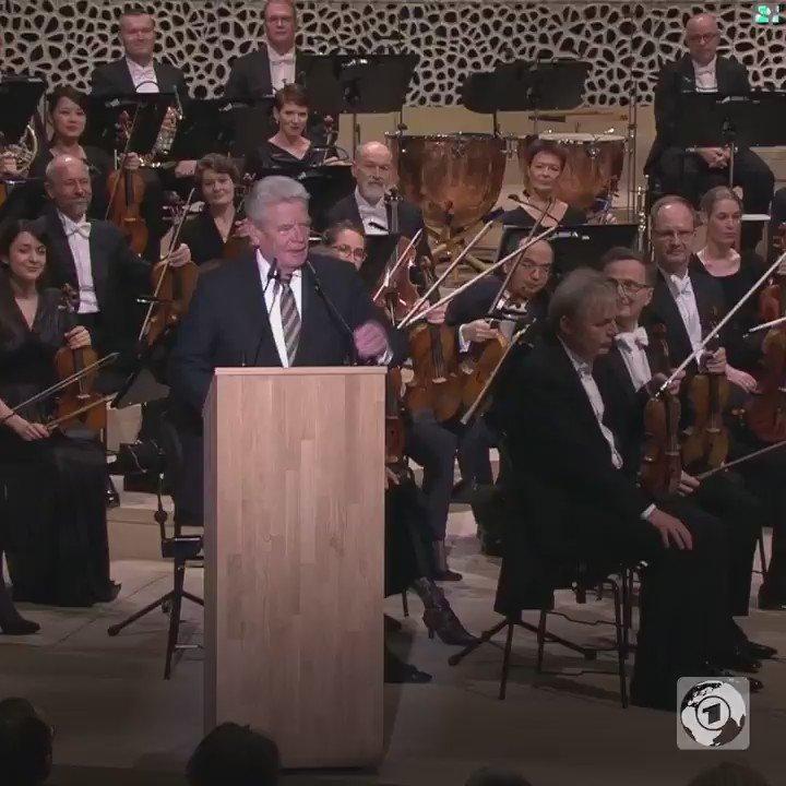 HSV, St. Pauli, Elbphilharmonie - seit gestern hat Hamburg ein Sorgenk...