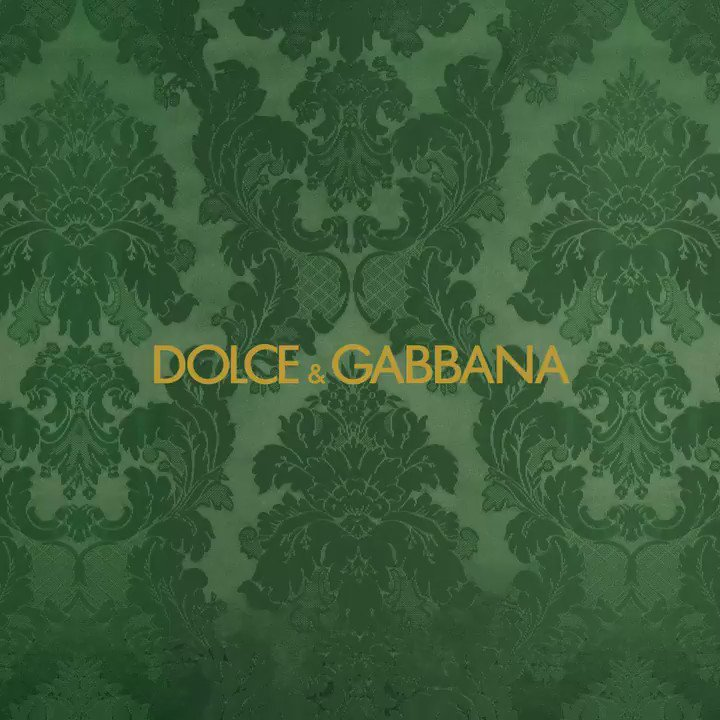 The Dolce&Gabbana Fall-Winter 2017/18 Men's Fashion Show line up will make your heart beat #DGfw18 #mfw
