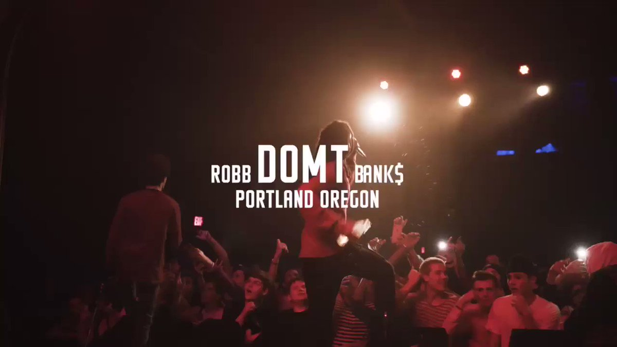 Yo! This @RobbBanks show in #PDX last night was nuts! Thanks to everyone who came to rock out! Cc: @ChaptersAlumni https://t.co/g4duZykD1C