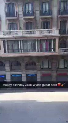 Happy birthday to my fav guitarist Zakk Wylde