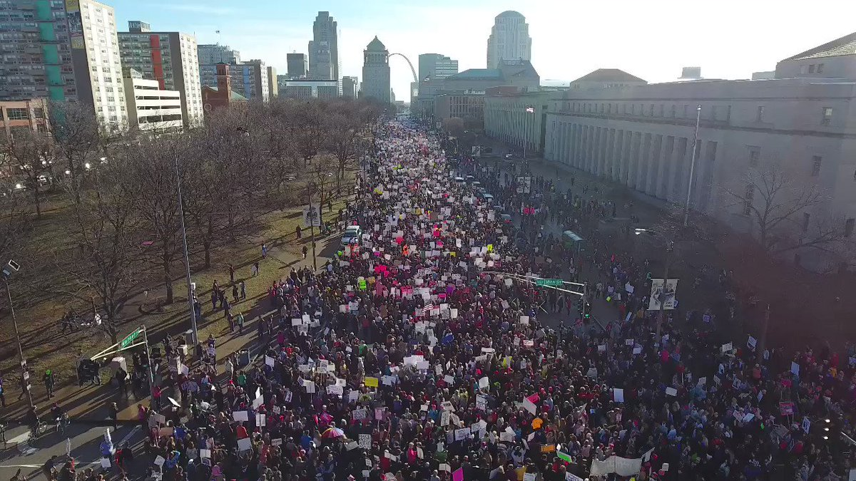 The #WomensMarch in downtown St. Louis! This is what democracy looks l...