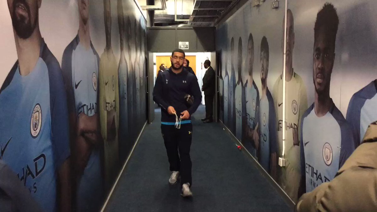 We have arrived at the Etihad! #COYS https://t.co/MoW6EWyC5B