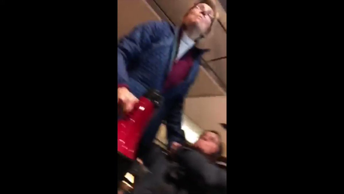 Elizabeth Warren needs to be arrested for inciting a Riot at #JFKTerminal4  #ArrestWarren #RedNationRising  https://t.co/5pO5mWBHCw