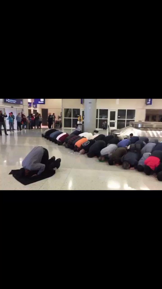 🔥Muslims are taking over the Dallas/Fort Worth airport  🔥Texas is one of the most conservative  states  🔥This is yet another reason Trump will be elected in 2020  🔥Retweet if you agree.