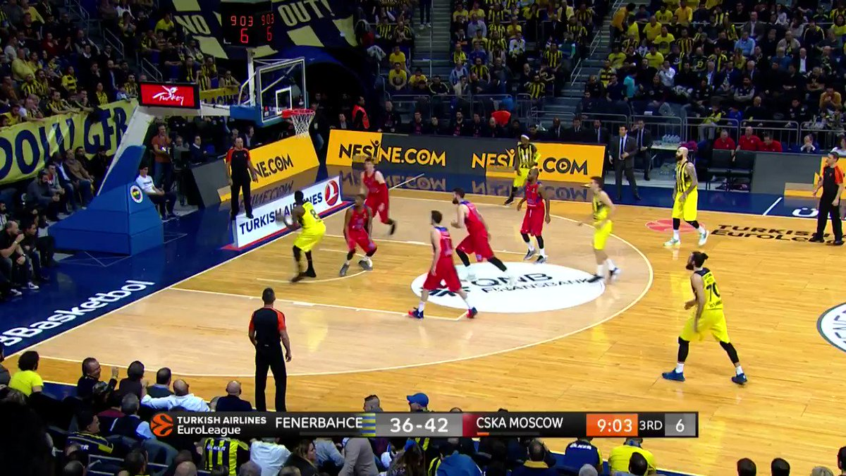 This is how @FBBasketbol plays ➡️ 14-0 run  #FNBCSK #7DAYSMagicMoment