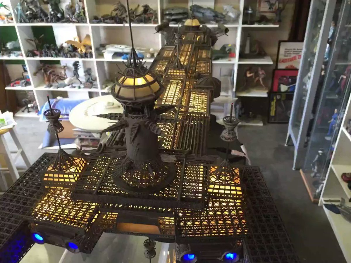 The Cygnus 1/700 from the movie The Black Hole. A steampunk/Victorian star ship?   #SciFi #Steampunk