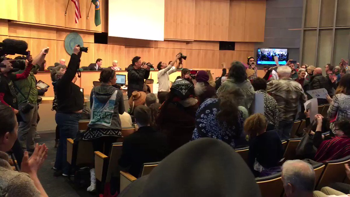 BREAKING: Seattle City Council unanimously votes to divest from Wells Fargo in protest of #DAPL
