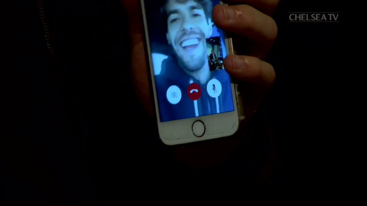 When @DavidLuiz_4 decided to FaceTime @KAKA live on our show tonight!