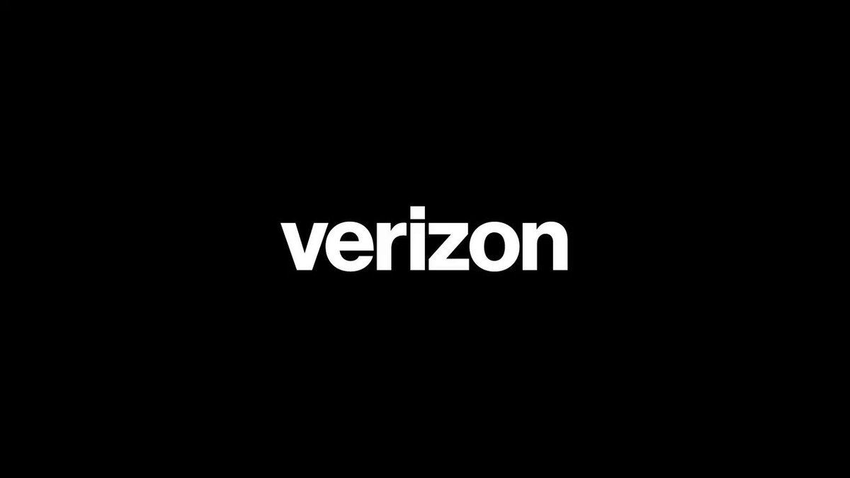 Unlimited data on the Verizon network has arrived https://t.co/PgEEyTmNsq #VZUnlimited https://t.co/OSC6S54dlD