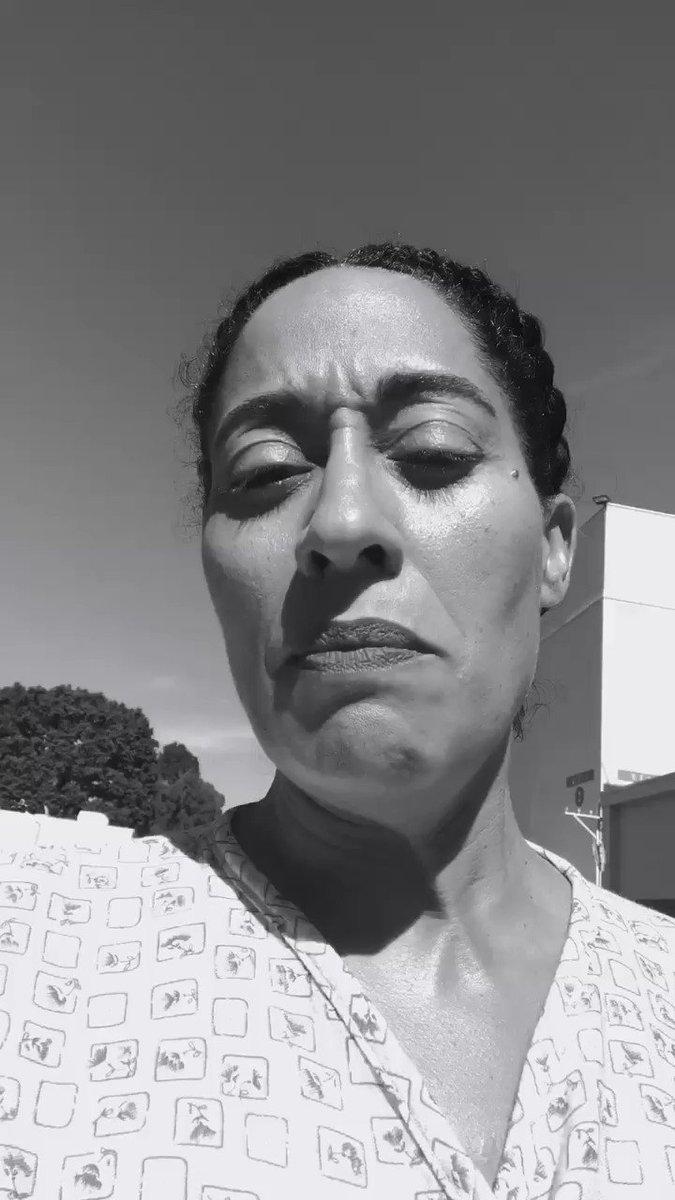 Thanks Dr. Caila!! @CailaMarsai #blackish #SetLife https://t.co/TA30Nz...
