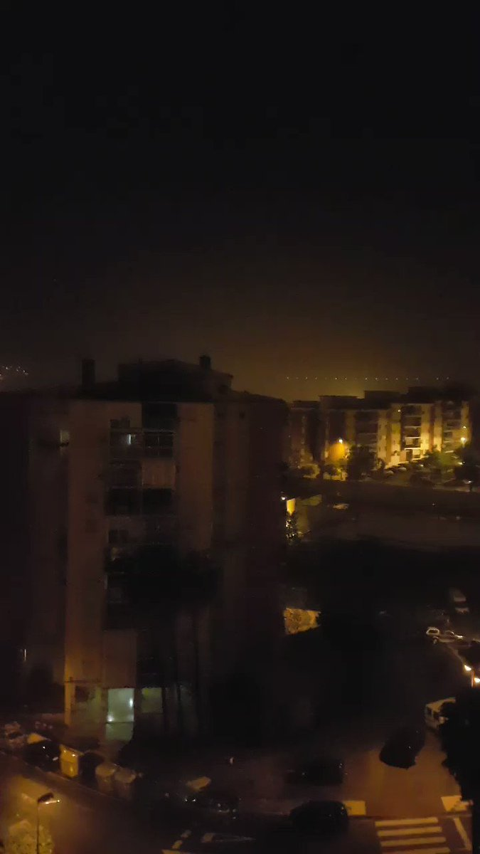 Una tormenta cuya intensidad probablemente no estaba prevista #Malaga...