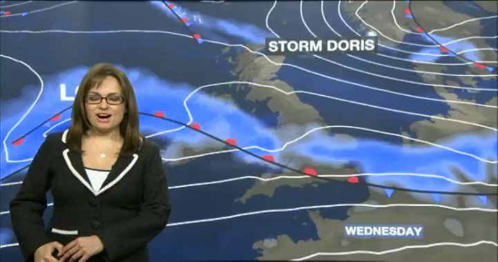🌬  Very strong wind, heavy rain...#StormDoris is on her way.  Here's @...
