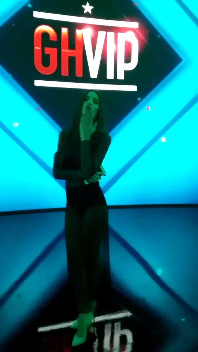 ¡Así de guapa está esta noche @Aylenmilla! ¿Preparados para la #Gala9G...