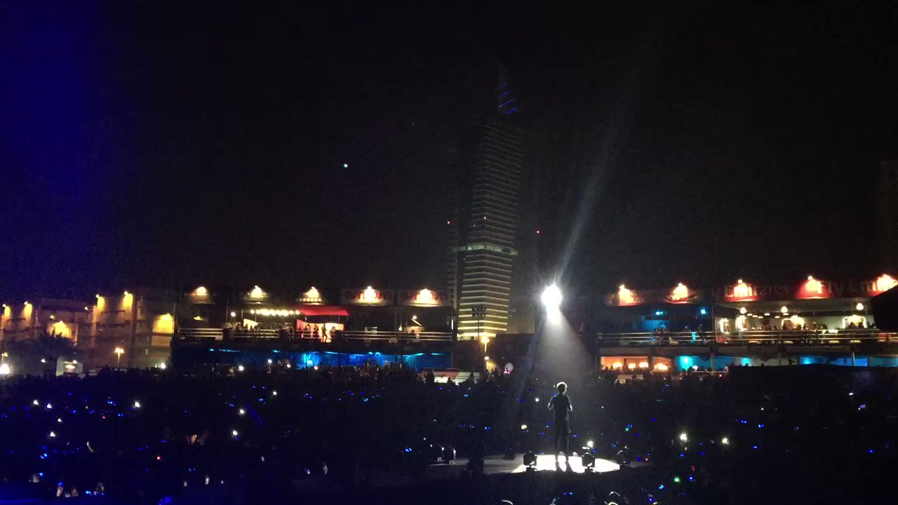 Loved being back on stage tonight @dubaijazzfest!! https://t.co/pMy7836TQ1