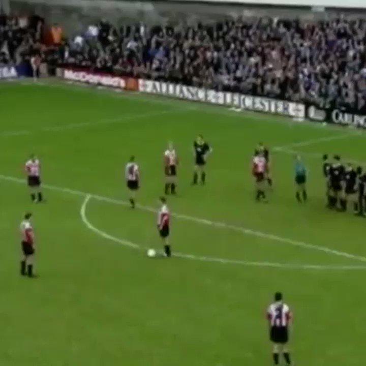 Replying to @90sfootball: On this day 1994, Matt Le Tissier scored this vs Wimbeldon...